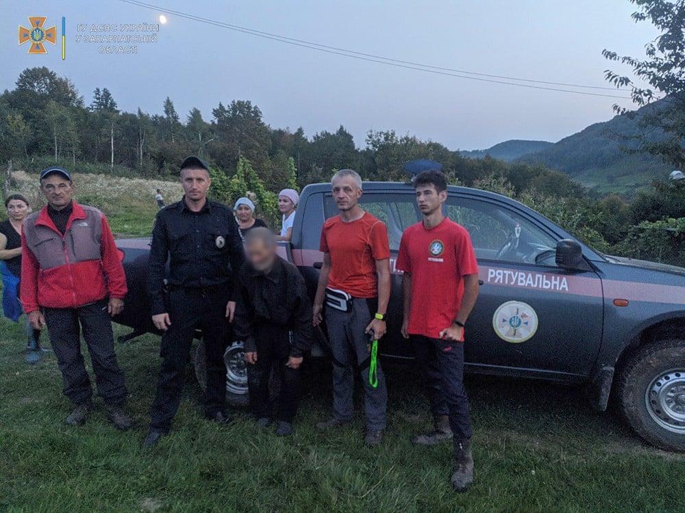 4 дні блукав по лісу 70-річний мешканець с. Хустець Хустського району.