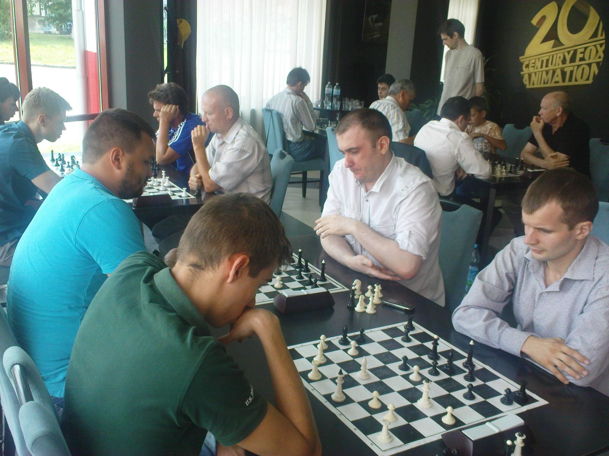 Збірні Мукачева та Ужгорода зійшлися у шаховому двобої