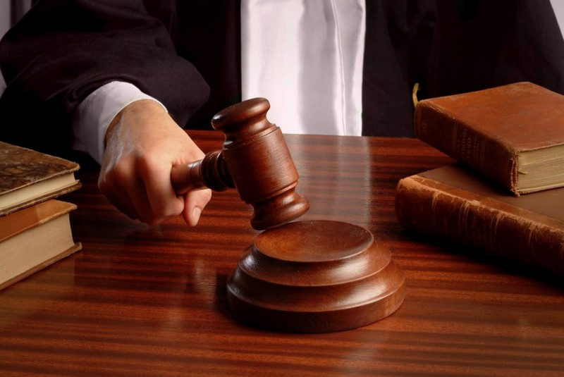 Затверджено та скеровано до суду обвинувальний акт стосовно мешканця смт. Ясіня за фактом вчинення умисного вбивства родича з особливою жорстокістю (п. 4 ч. 2 ст. 115 КК України).