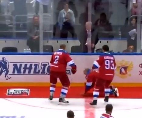 Президент Росії не помітив розстелений килимок.