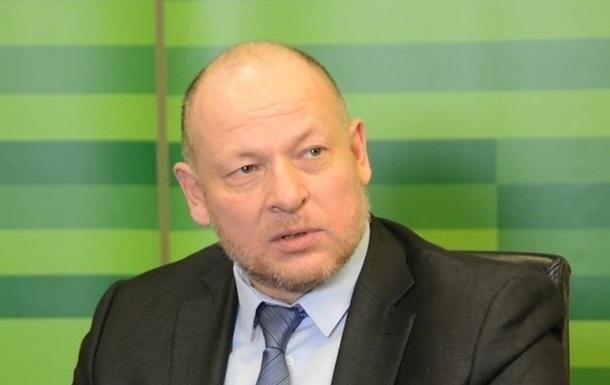 На початку червня Вищий антикорупційний суд заочно заарештував Дубілета. Він фігурує у кримінальній справі про махінації в ПриватБанку до його націоналізації.