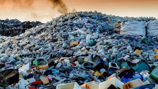 Вже у травні в Житомирі почнеться будівництво сміттєпереробного заводу, що має стати першим подібним проектом в Україні.
