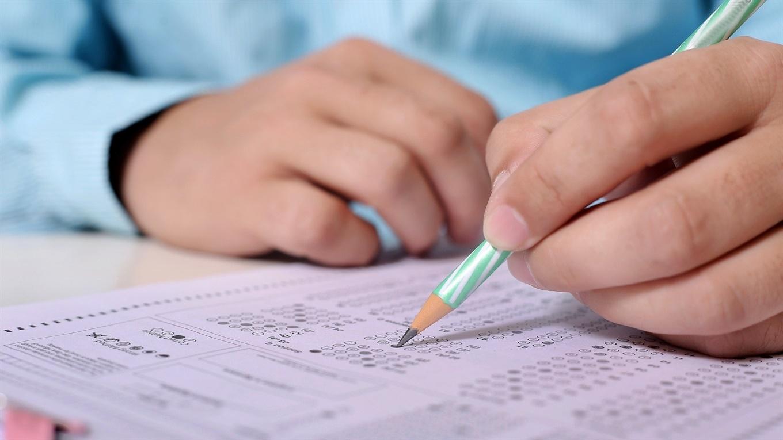 В Мукачеві школярі, які успішно складуть ЗНО отримають від 20 до 100 тисяч.
