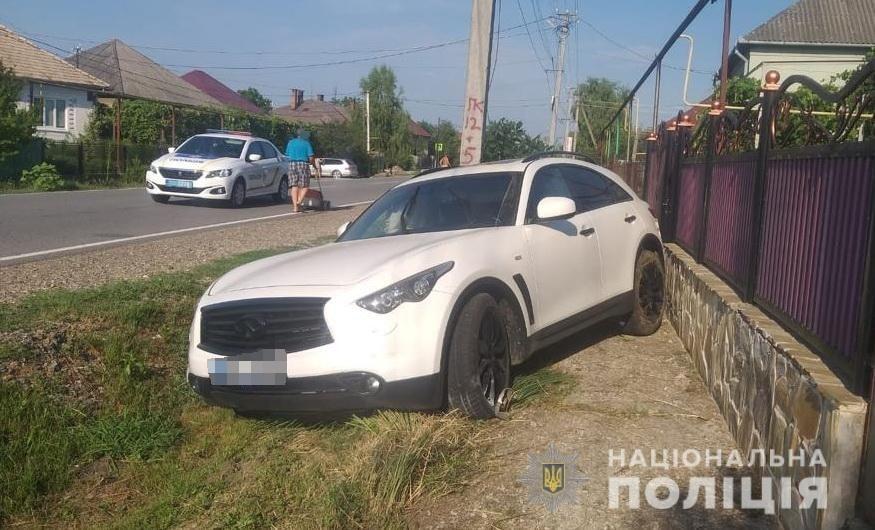Вчора, 17 липня, близько 17:30, працівники поліції отримали повідомлення про дорожньо-транспортну пригоду в селі Страбичово, що на Мукачівщині.