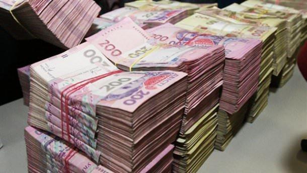 Інформація про те, що Мукачівська міська рада має намір взяти кредит у 92 мільйони 989 тисяч 473 гривні під 16% річних викликала неабиякий резонанс серед жителів громади.