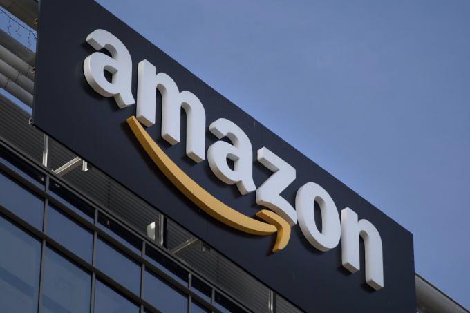 Компанія Amazon повідомила про запуск сервісу Honeycode, призначеного для створення додатків без використання навичок програмування