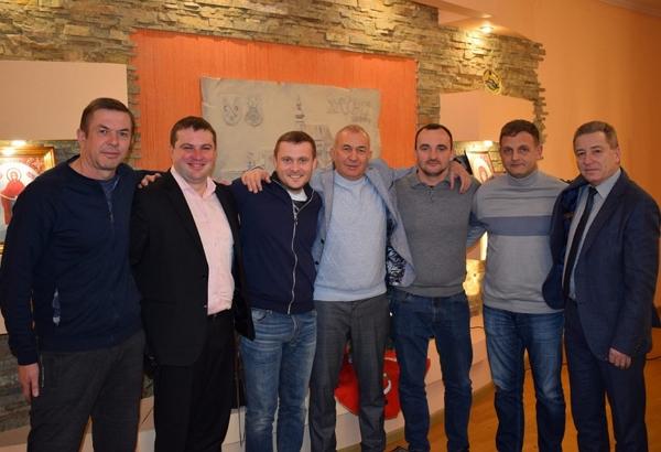 Ним став Іван Шанта з Ужгорода, який професійно займається футболом та тренерською діяльністю вже не один десяток років.