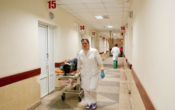 У клініці Праги пацієнт відкрив стрілянину
