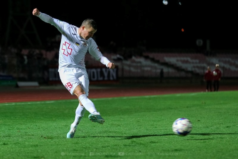Минулого вікенду відбулися завершальні матчі першого кола Першої ліги України з футболу. 26 жовтня у рамках 15-го туру минайці на виїзді зустрічалися із луцькою «Волинню».