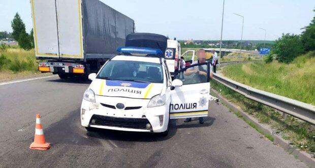 Дорожньо-транспортна пригода сталася сьогодні, 24 червня, на автодорозі «Київ-Чоп» поблизу села Городище Рівненського району.