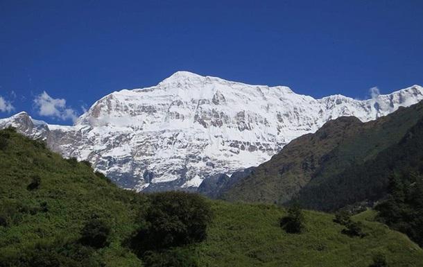У Гімалаях зійшла лавина, загинули дев'ять альпіністів
