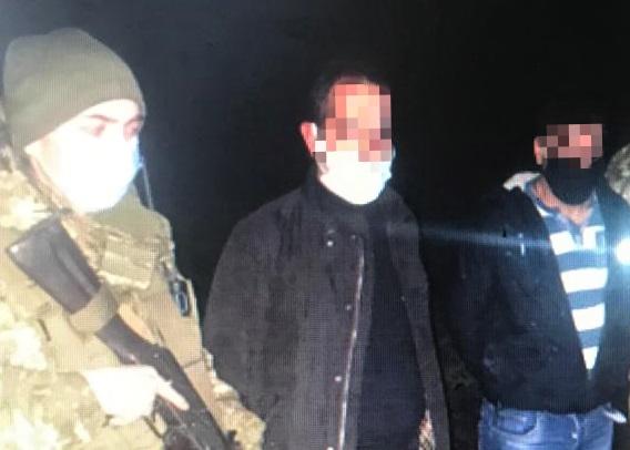 Нелегальные мигранты, пытавшиеся пересечь украинско-румынскую границу, были задержаны минувшей ночью пограничниками мукачевского отряда.
