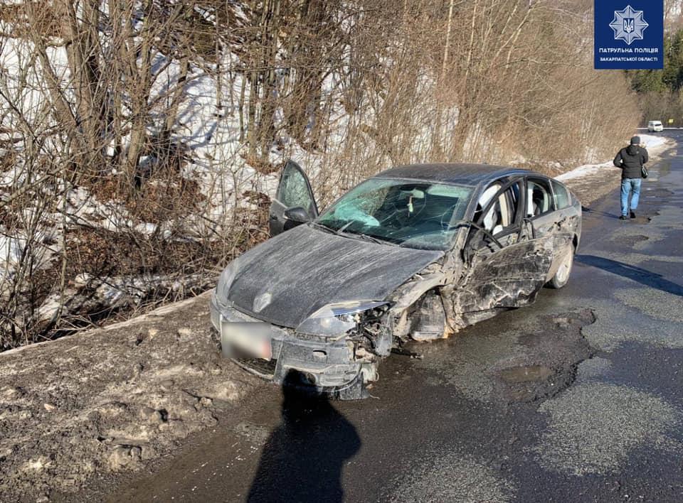 Патрульні притягнули до відповідальності нетверезого водія, що скоїв ДТП.