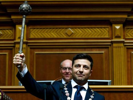 Президент України Володимир Зеленський може прибути із робочим візитом у Закарпатську область через негоду, котра вирує у регіоні.