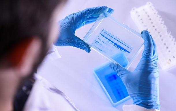 Поставки вакцини в рамках програми ЄС проходили надто повільно - по 100 тисяч дох у тиждень, кажуть у країні.