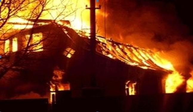 В селі на Закарпатті горіла надвірна споруда