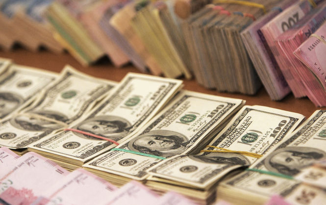 Долар далі дорожчає - курс валют на17 січня