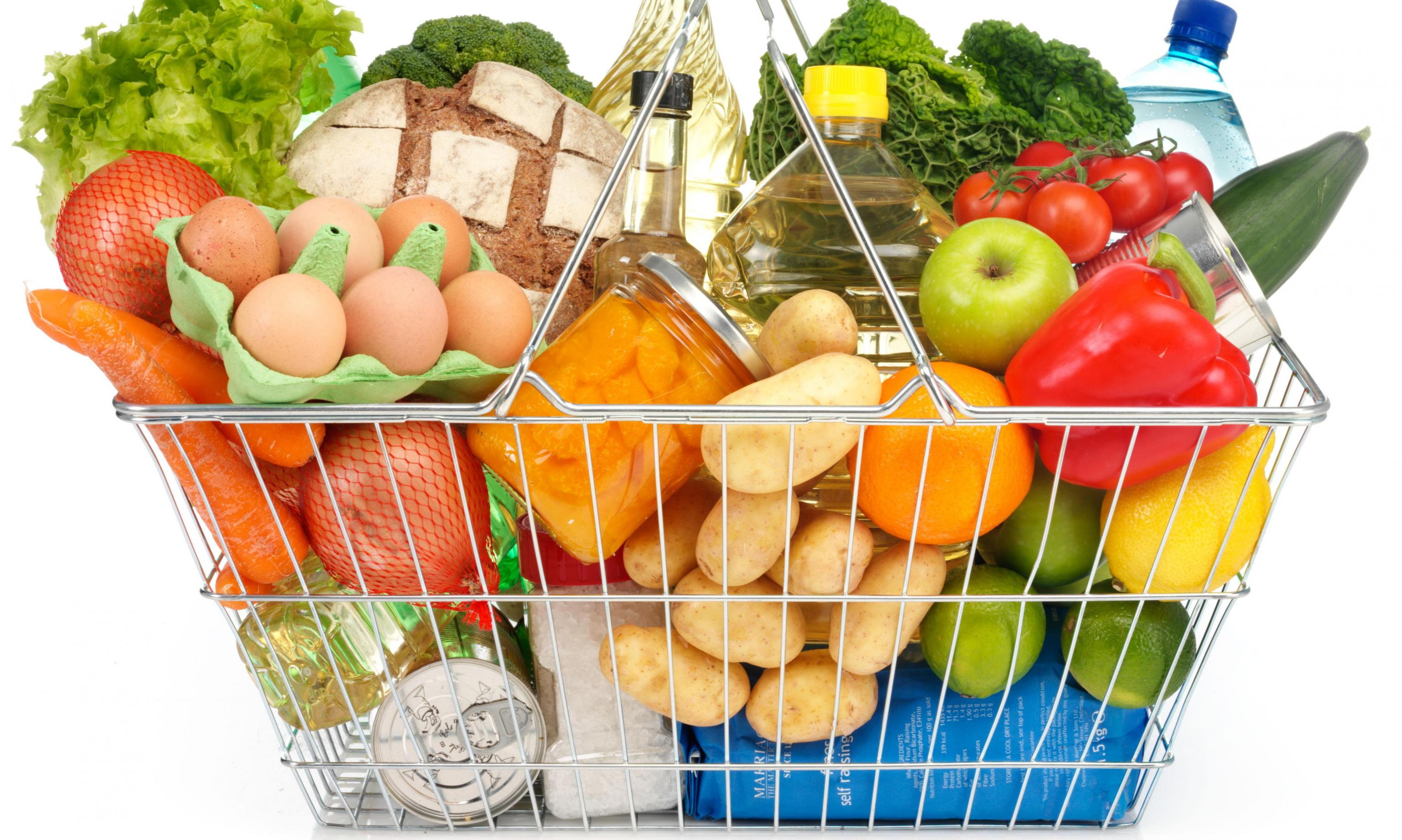 М'ясо, молоко, соняшникова олія і ряд інших найпопулярніших продуктів в Україні стрімко дорожчають.