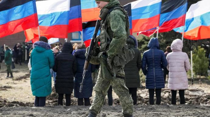Міський суд Праги засудив до 20 років тюремного ув'язнення громадянина Чехії Мартіна Кантора, який брав участь у бойових діях на Донбасі на стороні так званої