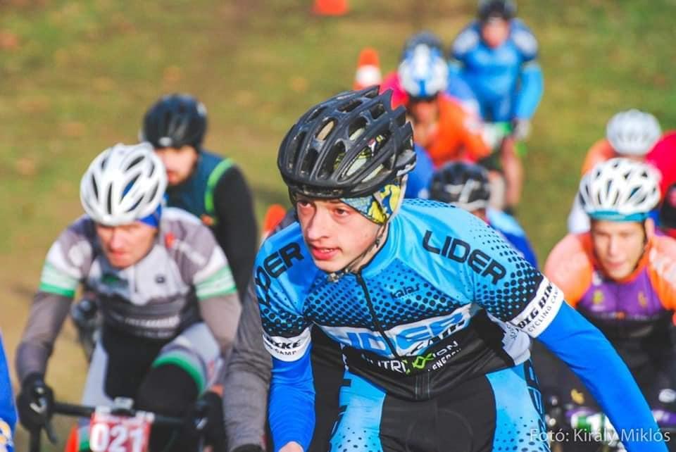 15 грудня в угорському місті Ніредьгаза проводилися змагання з велоспорту ADVENTI ROBINSON CROSS, участь у яких взяли і вихованці СОК ДЮСШ.