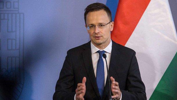 Міністр прибуде на Закарпаття у м. Берегово, де зустрінеться з представниками закарпатських угорських організацій.