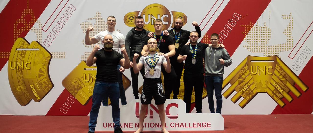 Учасники турніру змагалися у своїх вагових категоріях.