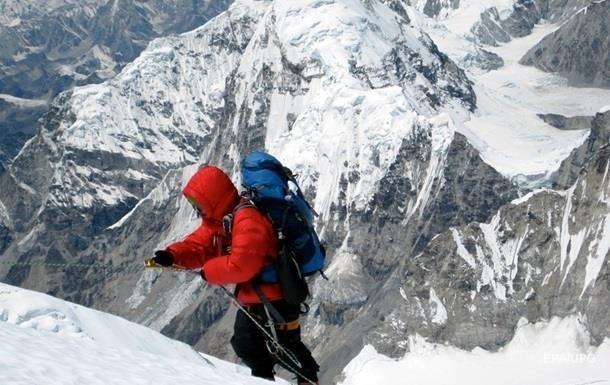 На Ельбрусі знайшли тіло альпіністки, яка зникла 31 рік тому