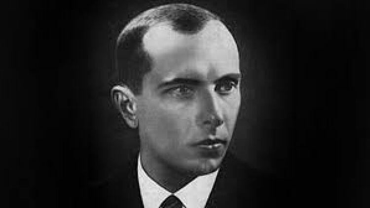 85 років тому у Варшаві відбувся судовий процес, який зробив широко відомим Степана Бандеру.