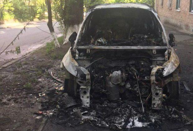 У Києві в ніч на неділю спалили автомобіль головного редактора телеканалу TVi Володимира Єгорова.