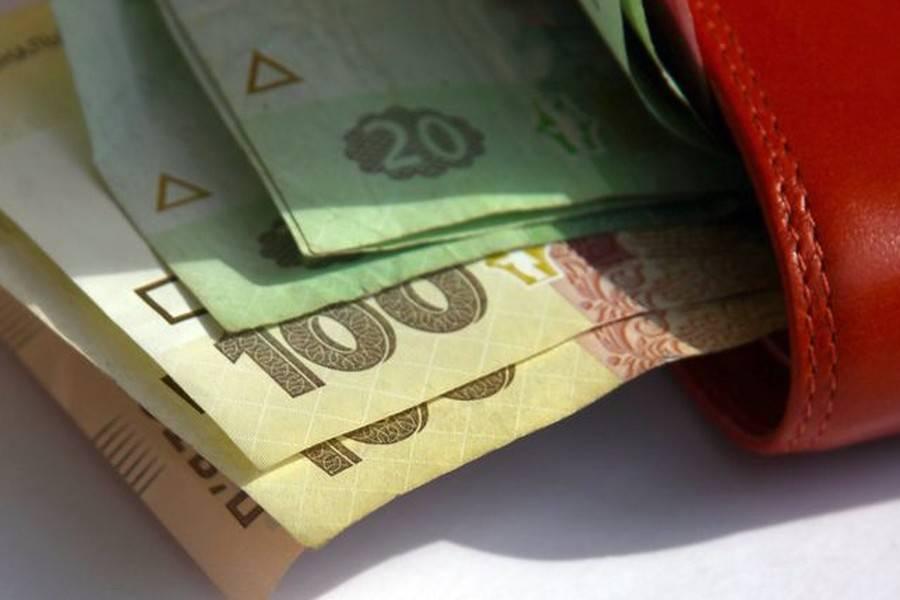 У проекті державного бюджету на 2020 рік пропонують зовсім не ті суми, про які говорилося раніше.