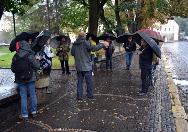 Незважаючи на непогоду в Ужгороді  відбулася запланована традиційна відкрита екскурсія.