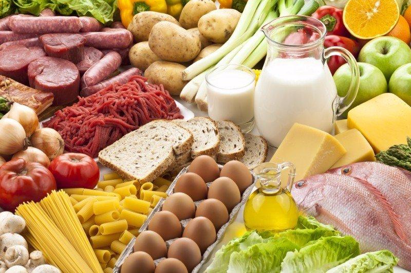 Мова про базове продовольство, тож ще дорожчими стануть  молоко, яйця, хліб та м'ясо.