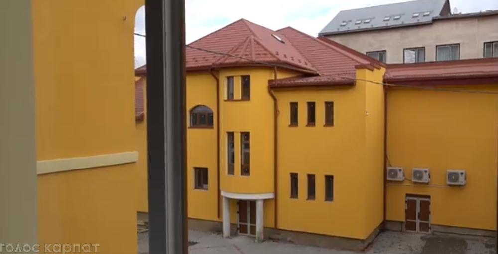 Проект відповідного рішення депутати розглянуть на черговій сесії Мукачівської міської ради.