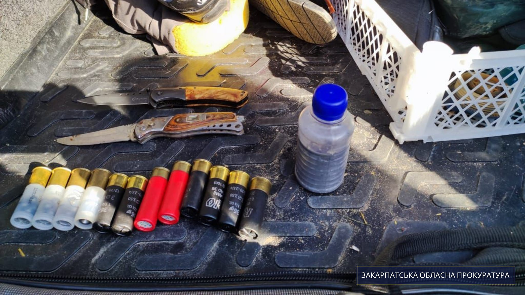 На Мукачівщині прокуратура оскаржує запобіжний захід підозрюваному у незаконному зберіганні отруйної речовини – металічної ртуті.