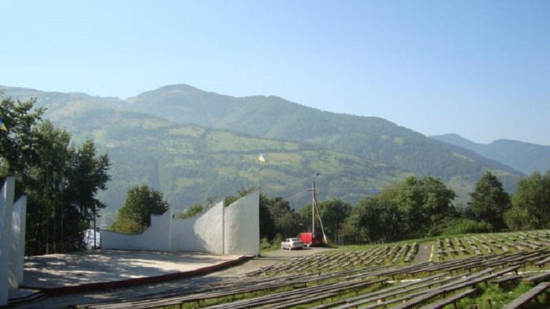 Рахівська фірма отримала 340 тисяч гривень штрафу за розпил на реконструкції амфітеатру.