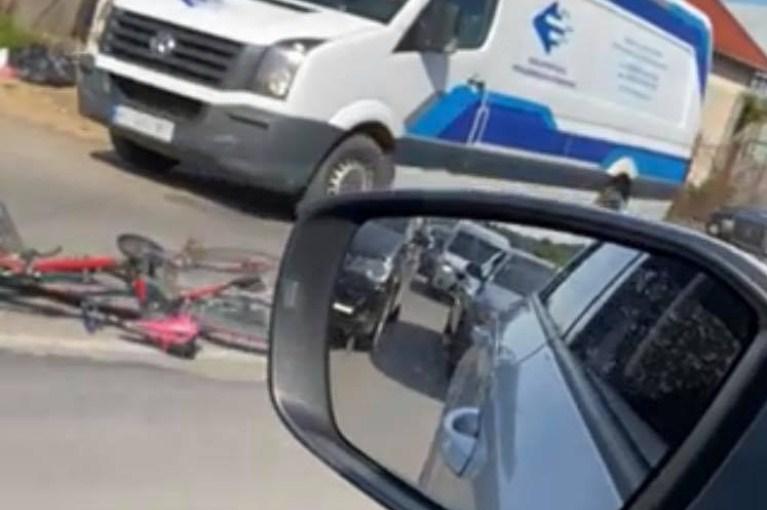 Аварія відбулась, сьогодні 2 червня, щойно у Мукачеві, на вулиці Івана Франка, перед переїздом.