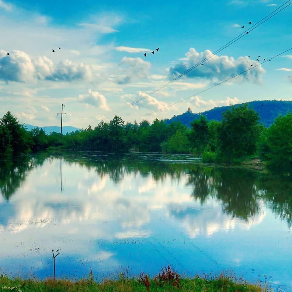 На Закарпатті є стратифіковане озеро із різною водою (ФОТО)