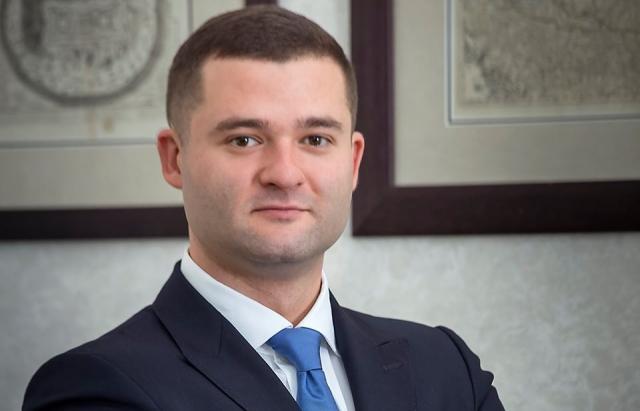 Очільник Мукачева  Андрій Балога повідомив у Фейсбук про свою перемогу на місцевих виборах - і на посаду міського голови, і до ради Мукачівської міської ОТГ.