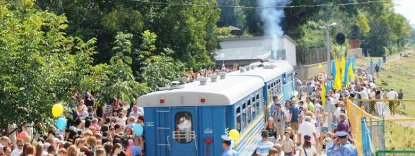Розпочалися пасажирські перевезення на дитячій залізниці в Ужгороді