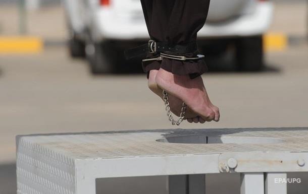 31-річний чоловік був повішений у січні поточного року в місті Казерун у провінції Фарс. Про це стало відомо зараз.