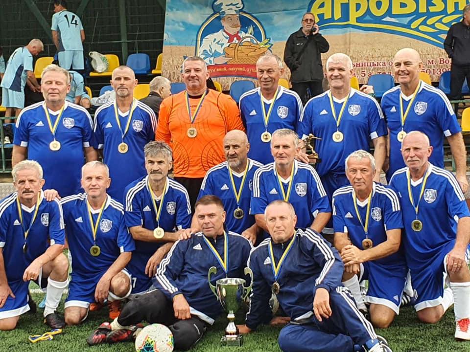 Команда «Карпати» Мукачево здобула перемогу в чемпіонаті України 2020 серед ветеранів футболу 55.