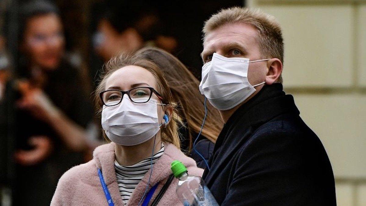 У Хоцені влада серйозно штрафує порушників у зв'язку із недотриманням карантинних умов щодо нерозповсюдження коронавірусної інфекції.