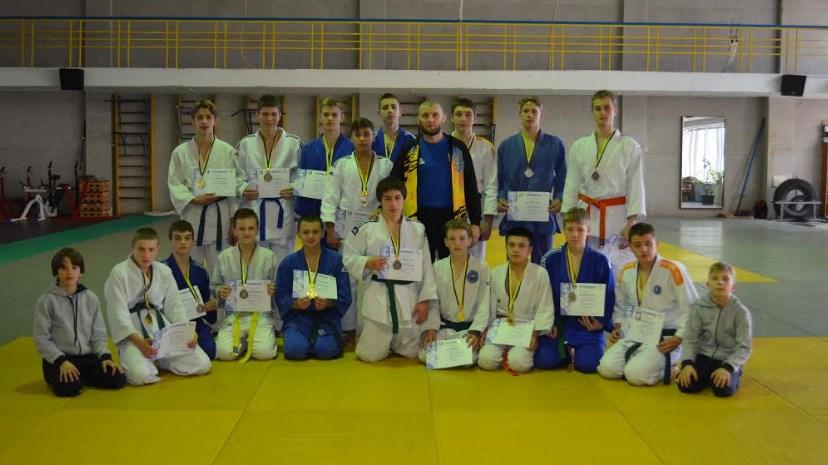 У змаганнях взяли участь понад 100 учасників.