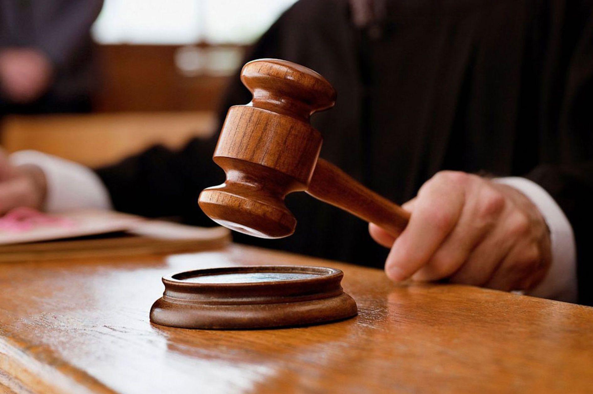 Іршавським відділом Хустської місцевої прокуратури затверджено і скеровано до суду обвинувальний акт стосовно голови Кам'янської сільської виборчої комісії, що працювала на місцевих виборах 2019 року.