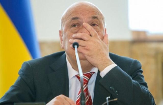 За словами експосадовця, він не слухав Київ,