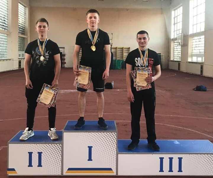 Закарпатські пауерліфтери виборювали призові місця на чемпіонаті області.