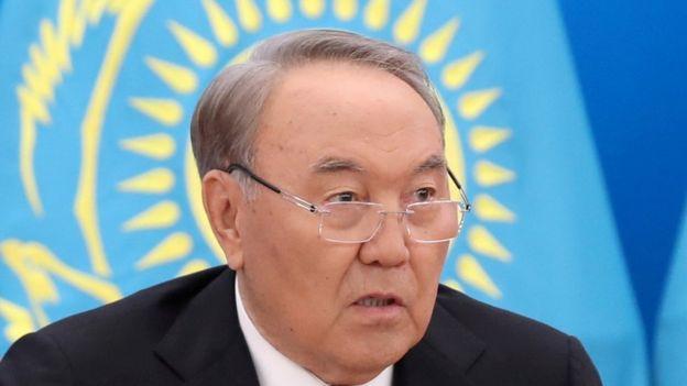Президент Казахстану Назарбаєв подав у відставку після 30-річного управління