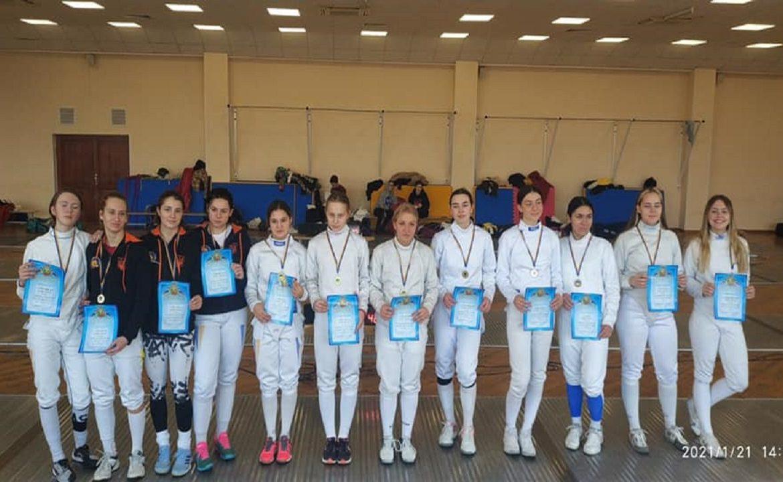 Закарпатські фехтувальниці здобули перемогу на Чемпіонаті України.