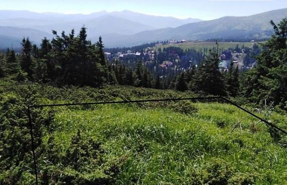 На Тячівщині прокуратура в суді вимагає повернути з чужого незаконного володіння 4 земельні ділянки на полонинах Довга та Драгобрат.