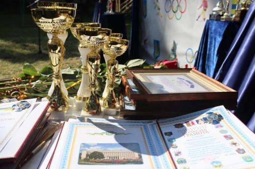 11 вересня, у парку Св. Тетяни біля облдержадміністрації відбулися обласні урочисті заходи з нагоди Дня фізичної культури та спорту.
